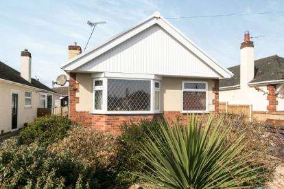 3 Bedrooms Bungalow for sale in Bryn Cwnin Road, Rhyl, Denbighshire, LL18
