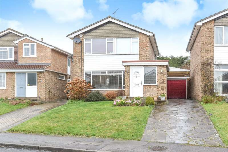 3 Bedrooms Detached House for sale in Arnett Way, Rickmansworth, Hertfordshire, WD3