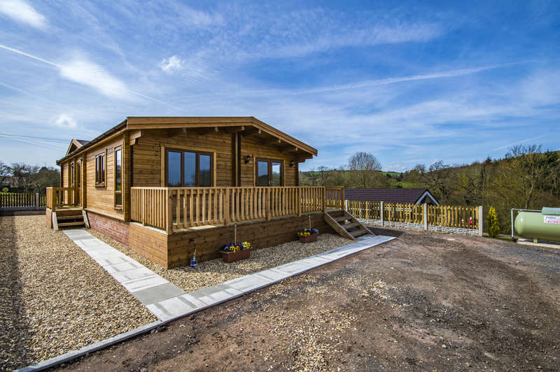 2 Bedrooms Park Home Mobile Home for sale in Dunley, Stourport-on-Severn