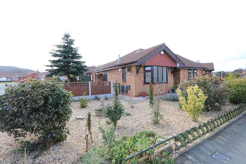 2 Bedrooms Detached Bungalow for sale in Maes Cybi, Abergele, Conwy, LL22