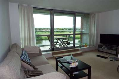 2 Bedrooms Flat for rent in River Crescent, Waterside Way, NG2 4RE
