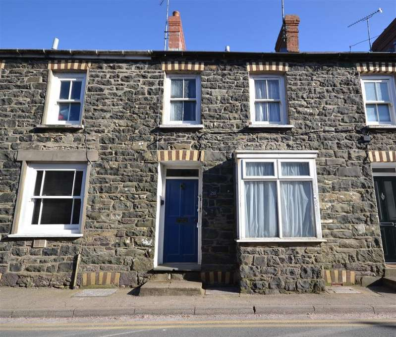 2 Bedrooms Terraced House for sale in St Davids