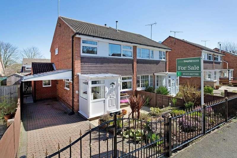 3 Bedrooms Semi Detached House for sale in Barbondale Grove, Knaresborough