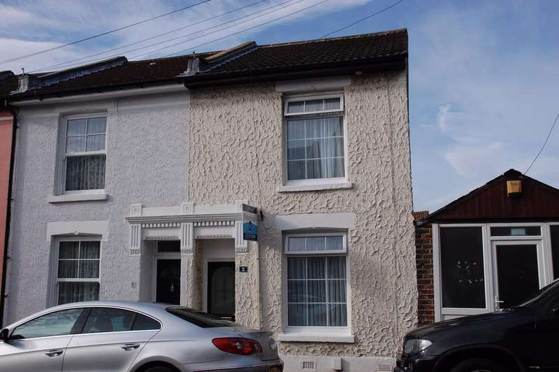 2 Bedrooms Terraced House for sale in Priory Road