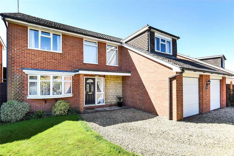 4 Bedrooms Detached House for sale in Holme Drive, Sudbrooke, LN2