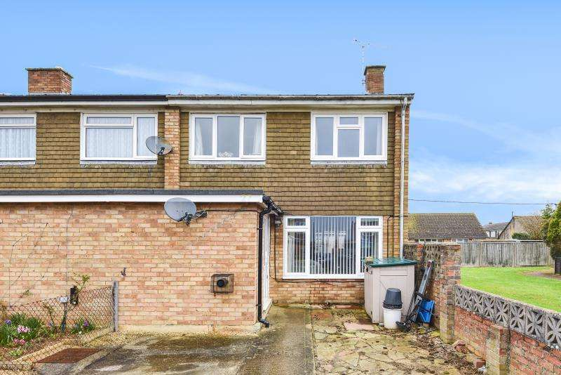 3 Bedrooms End Of Terrace House for sale in Queens Crescent, Clanfield, Oxon
