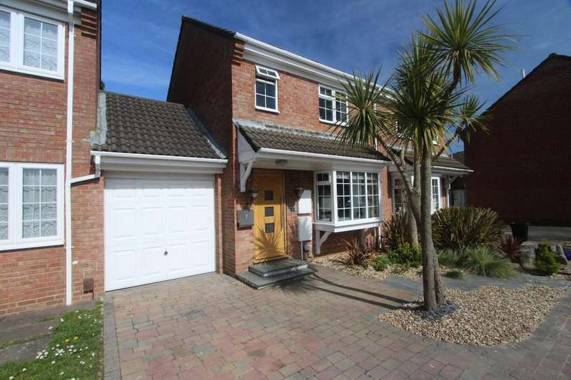 3 Bedrooms Semi Detached House for sale in MUDEFORD