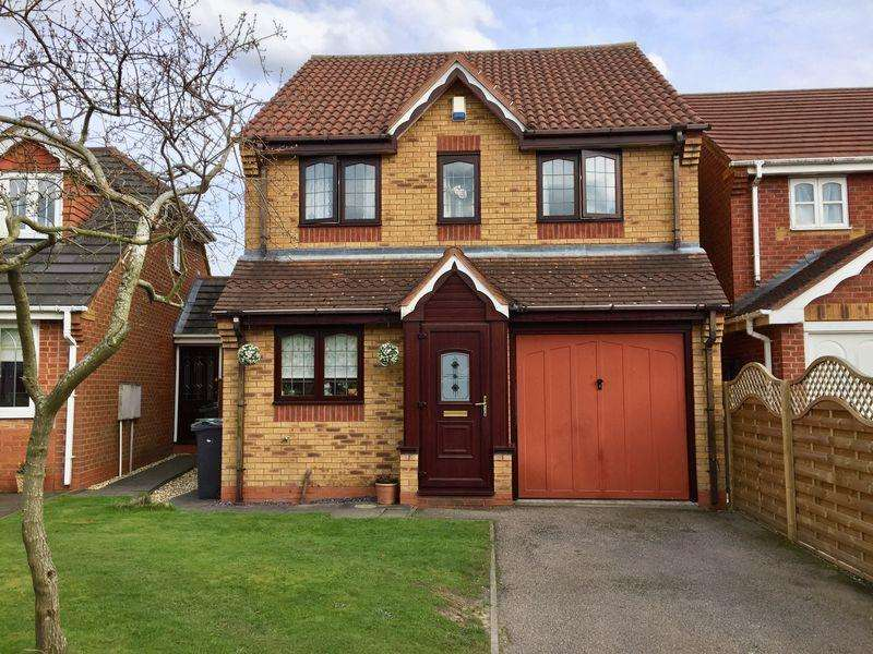 3 Bedrooms Detached House for sale in Rosemary Close, Clayhanger, Brownhills