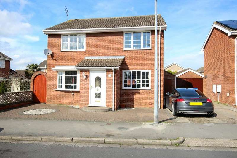4 Bedrooms Detached House for sale in Birch Close, Hull, HU5