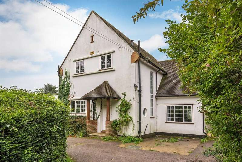 4 Bedrooms Detached House for sale in Upper Court Road, Woldingham, Caterham, Surrey, CR3