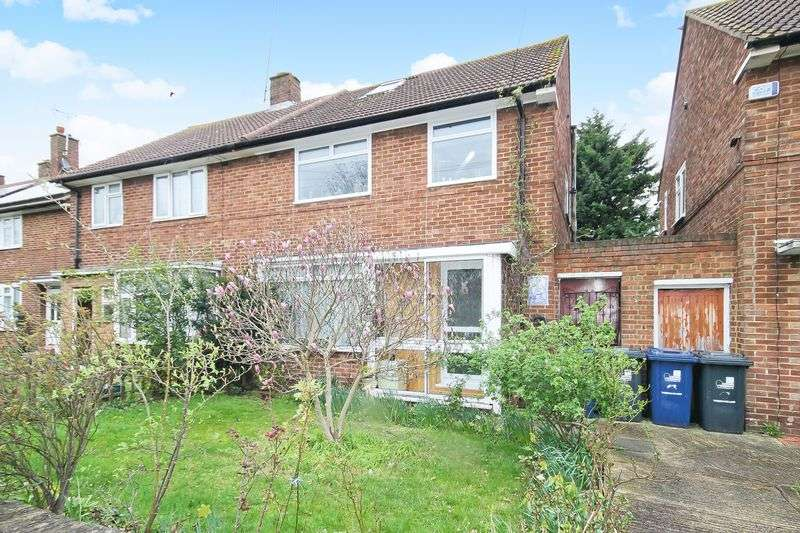 3 Bedrooms Property for sale in Longridge Lane, Southall