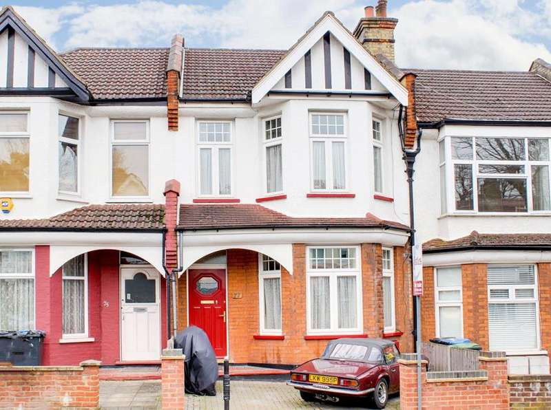 4 Bedrooms Property for sale in Broomfield Avenue, Palmers Green, London, N13