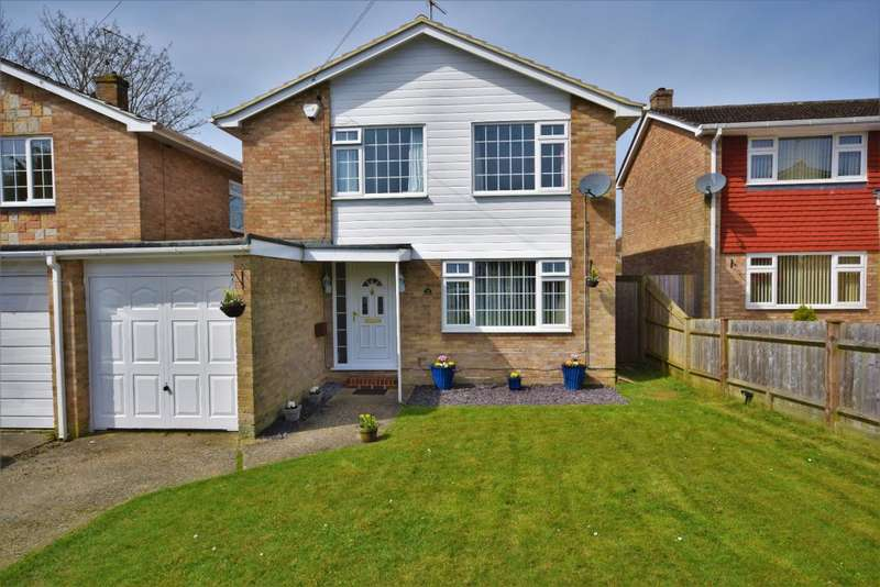 3 Bedrooms Link Detached House for sale in Pendennis Close, Basingstoke, RG23