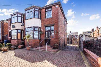 3 Bedrooms Semi Detached House for sale in Weymouth Road, Blackpool, Lancashire, ., FY3