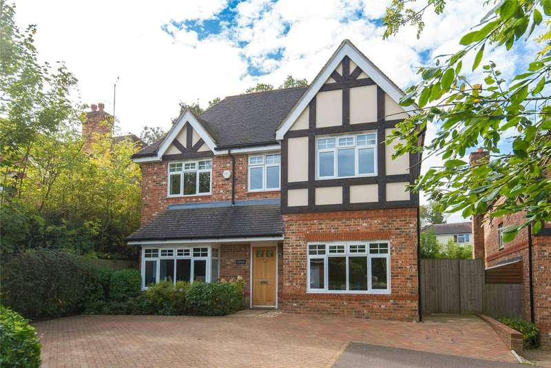 5 Bedrooms Detached House for sale in Tolmers Road, Cuffley, Potters Bar, Hertfordshire