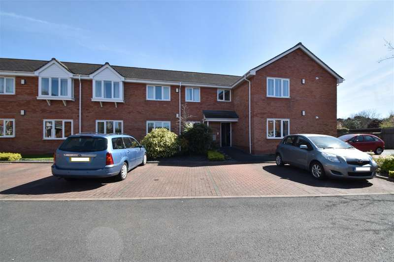 2 Bedrooms Flat for sale in Sky Court, Worcester