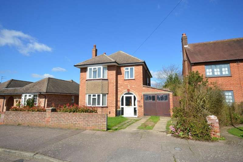 3 Bedrooms Detached House for sale in Winston Avenue, Colchester