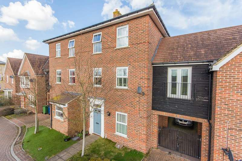 4 Bedrooms Town House for sale in Duxford, Cambridge