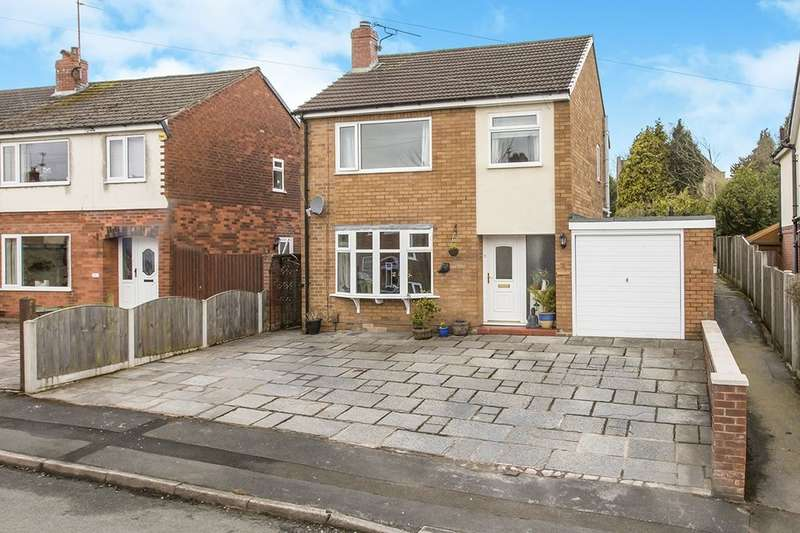 3 Bedrooms Detached House for sale in Sherwood Road, Macclesfield, SK11