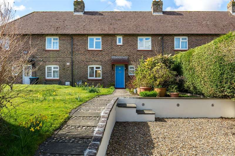 3 Bedrooms Terraced House for sale in Lusted Hall Lane, Tatsfield