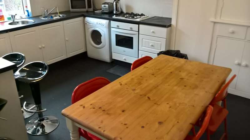 1 Bedroom House Share for rent in Double Room, Langdale Terrace, Headingley, Leeds