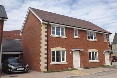 2 Bedrooms Flat for rent in Bishops Brook, Wells BA5