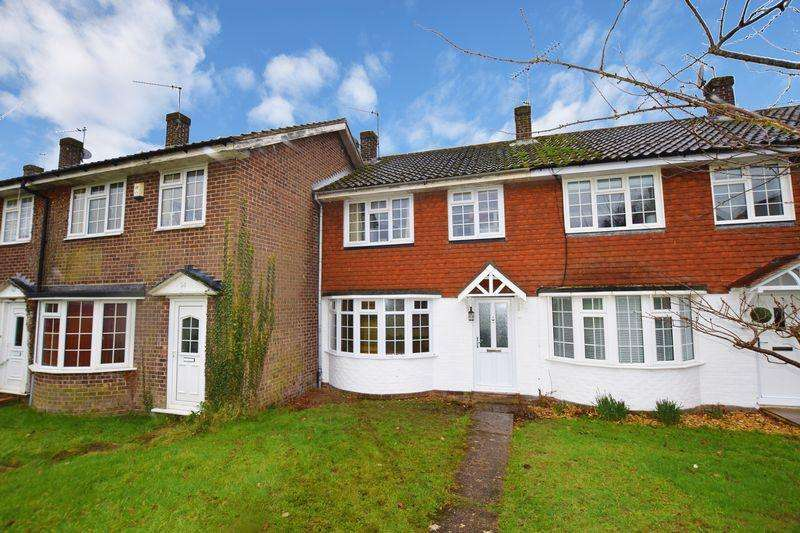 3 Bedrooms Terraced House for sale in Browns Lane, Uckfield