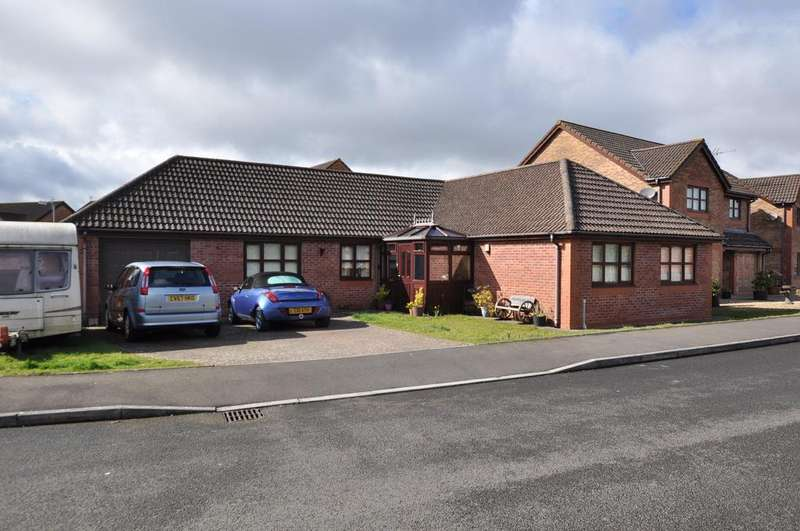 4 Bedrooms Bungalow for sale in 29 Rhoddfa Gwendraeth