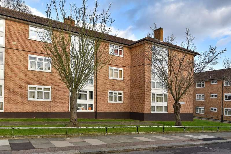 1 Bedroom Flat for sale in Boveney Road Forest Hill SE23