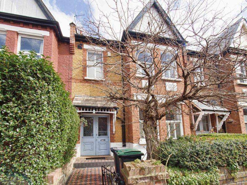 5 Bedrooms Terraced House for rent in Uplands Road, Crouch End, N8