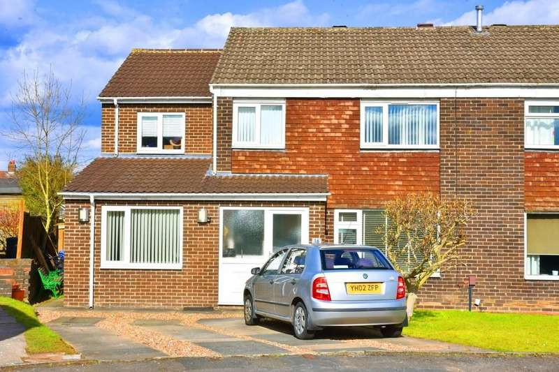 4 Bedrooms Semi Detached House for sale in Hookstone Close, Harrogate