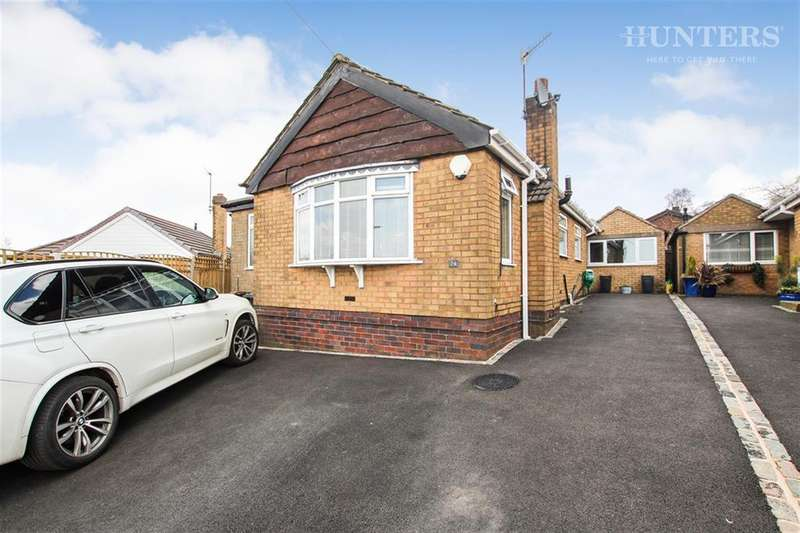 3 Bedrooms Detached Bungalow for sale in Overland Drive, Brown Edge, Stoke-on-Trent, ST6 8RF