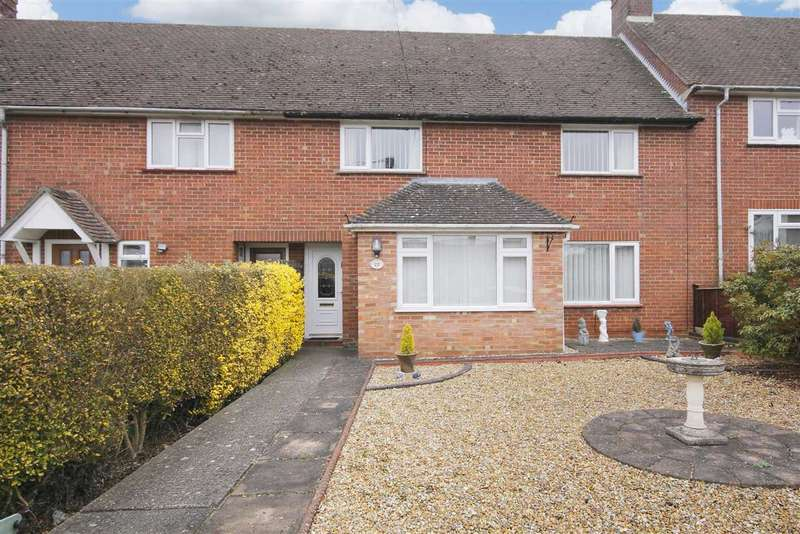 3 Bedrooms Terraced House for sale in Crawts Road, Overton
