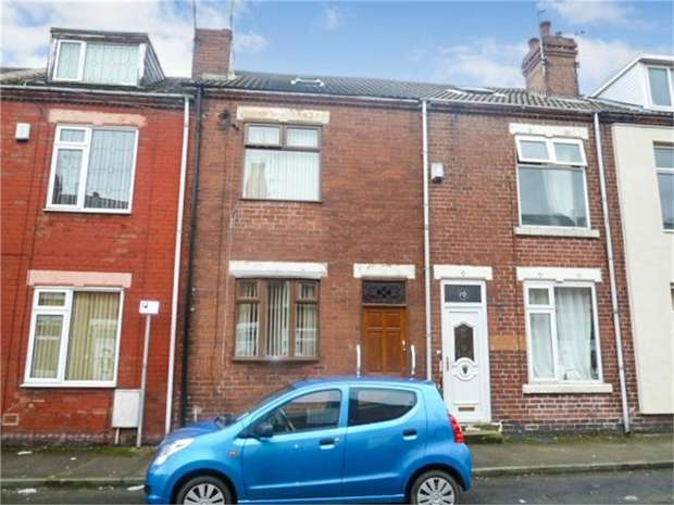 2 Bedrooms Terraced House for sale in Centre Street, South Elmsall, Pontefract, West Yorkshire