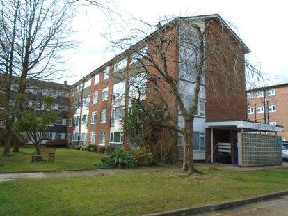 Flat for sale in Hulse Road, Southampton, Hampshire