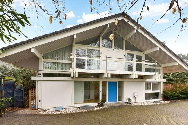 5 Bedrooms Detached House for rent in Crawley Drive, Camberley, Surrey, GU15