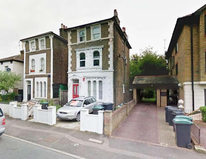 2 Bedrooms Flat for sale in Summerhill Road, London, N15 4HD