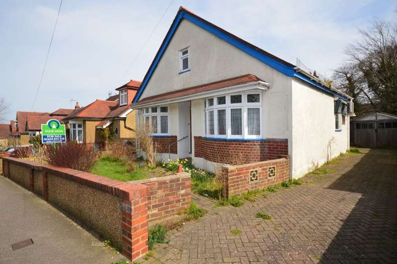 2 Bedrooms Detached Bungalow for sale in Wilson Avenue, Rochester, ME1