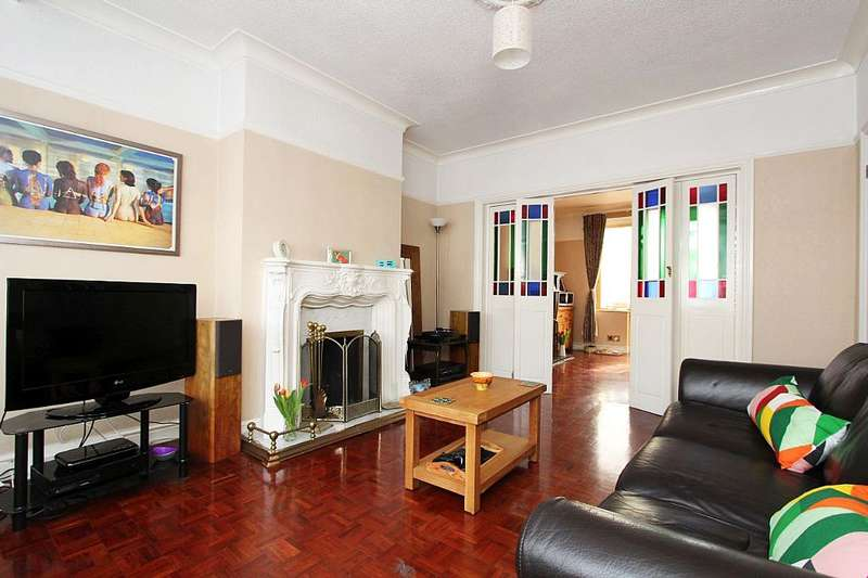 3 Bedrooms Terraced House for sale in Davidson Road, Croydon, London, CR0