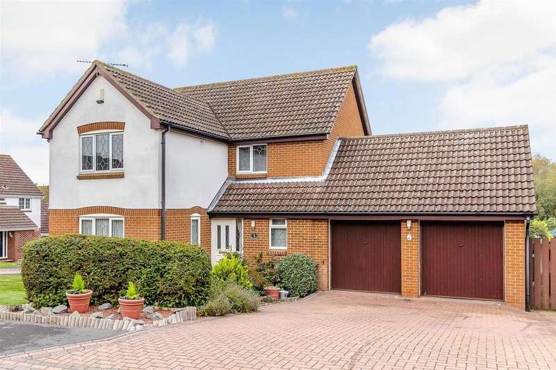 4 Bedrooms Detached House for sale in Horseshoe Close, Billericay