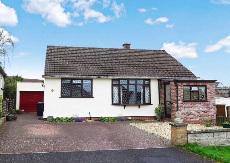 2 Bedrooms Detached Bungalow for sale in Welsford Avenue, Wells
