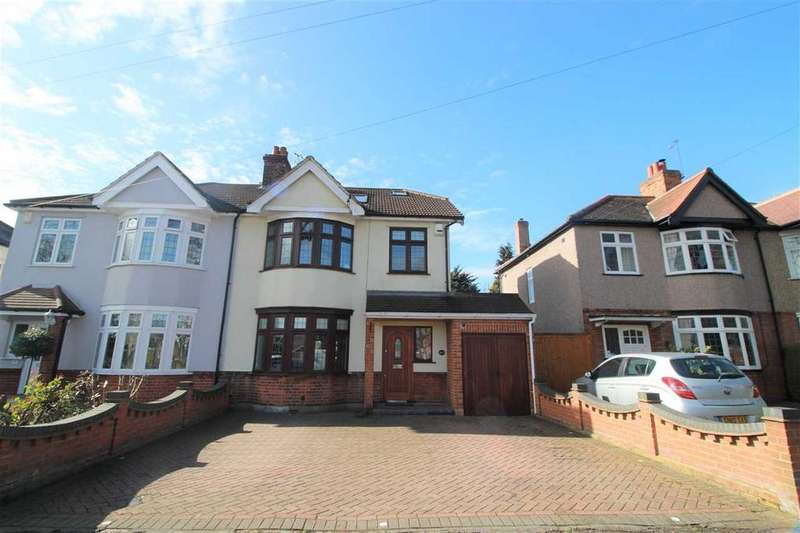 5 Bedrooms Semi Detached House for sale in Osborne Road, Hornchurch