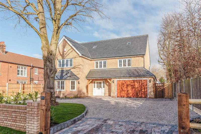 6 Bedrooms Detached House for sale in Mill Road, Stock