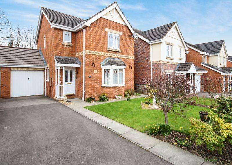 3 Bedrooms Detached House for sale in Centurian Way, Hereford