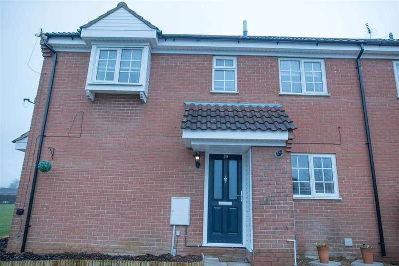 2 Bedrooms Cluster House for sale in Fyne Drive, Linslade, Leighton Buzzard