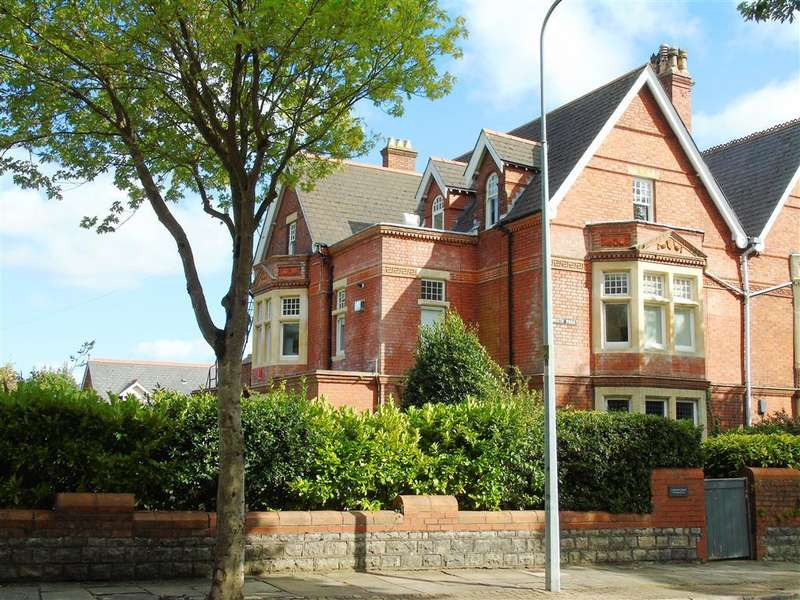 2 Bedrooms Apartment Flat for sale in Plymouth Road, Penarth