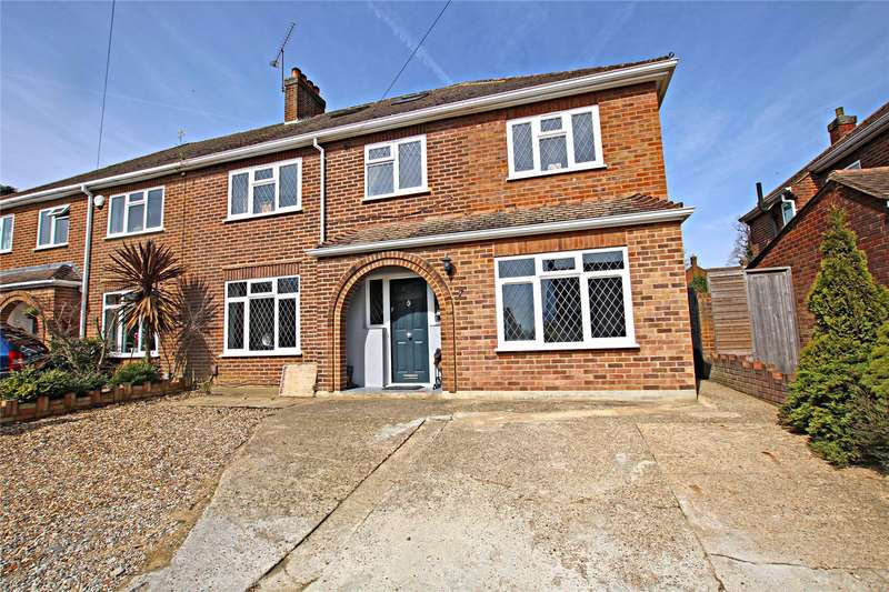 5 Bedrooms Semi Detached House for sale in Leigh Close, Rowtown, Surrey, KT15