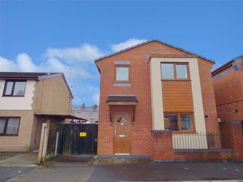 3 Bedrooms Detached House for sale in Gregge Street, Heywood, Lancashire, OL10