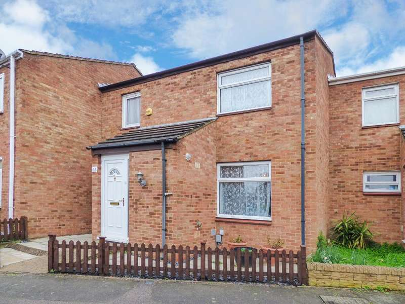 3 Bedrooms Terraced House for sale in Leighfield Close, Bedford, MK41 0AG