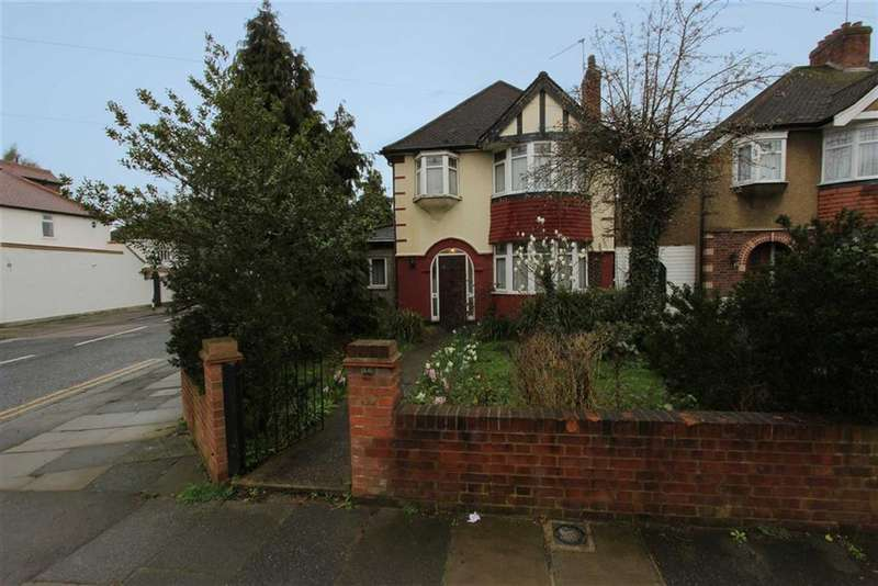4 Bedrooms Detached House for sale in Church Street, Edmonton, London